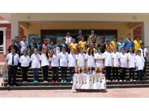 Piri Reis Koleji eğitim yılını 91 madalyayla kapattı