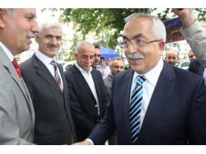 Tokat Valiliğine atanan Cevdet Can göreve başladı