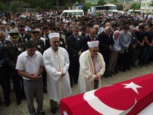 Şehit polis memuru Hacı Canan Coşkun dualarla toprağa verildi