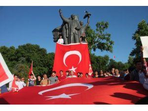 Ereğli'de 'Bayrağa saygı yürüyüşü' gerçekleştirildi