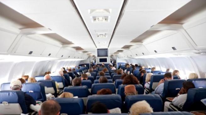 Aşırı Alkollü Yolcu Uçakta Mastürbasyon Yaptı!
