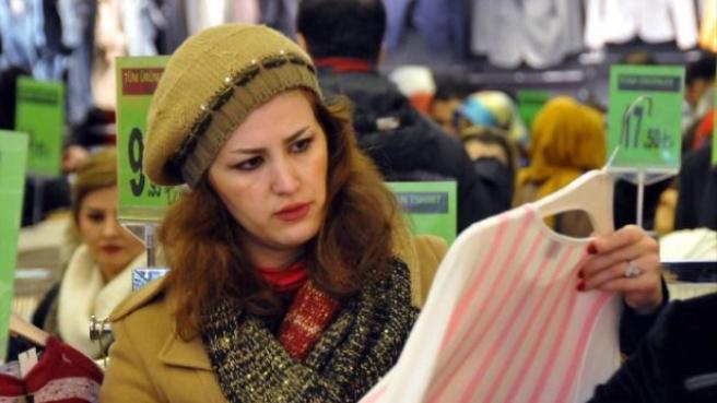 Nevruz Tatilinde İranlılar Van'a Akın Etti