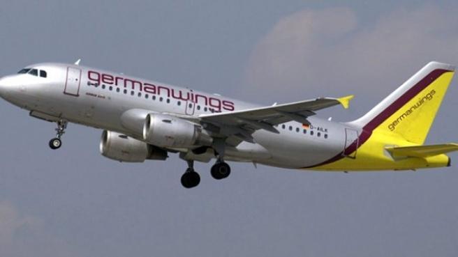Fransa'da 148 Kişiyi Taşıyan Uçak, Alpler'e Çakıldı