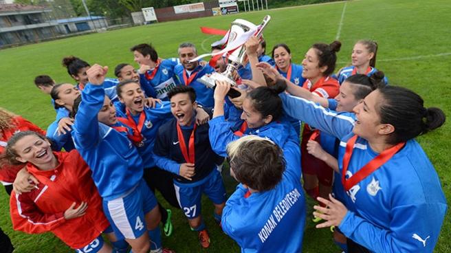 Konak Belediyespor namağlup şampiyon