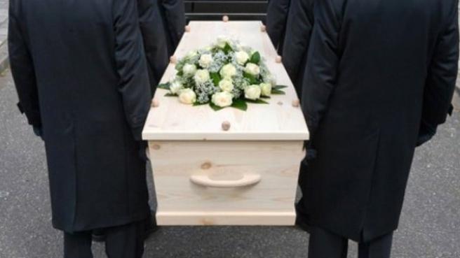 Tabutta Uyanan Kadın, Hastanede Öldü
