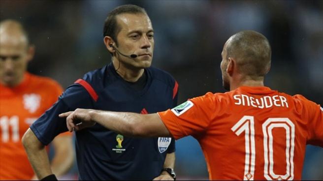 Wesley Sneijder, Türkiye karşısında kaptan!
