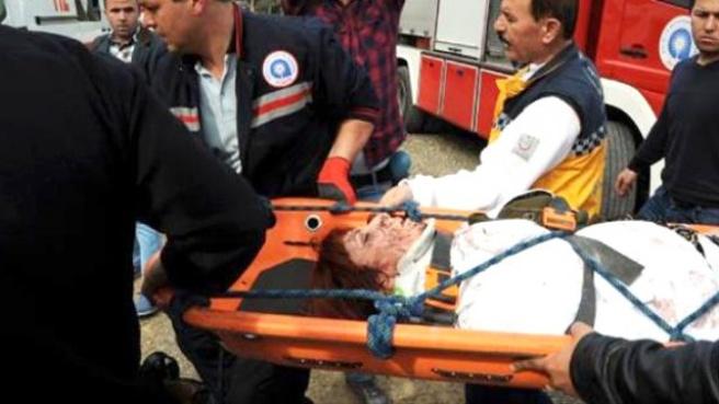 İki Sevgili, 60 Metrelik Uçuruma Yuvarlanan Otomobilden Sağ Çıktı