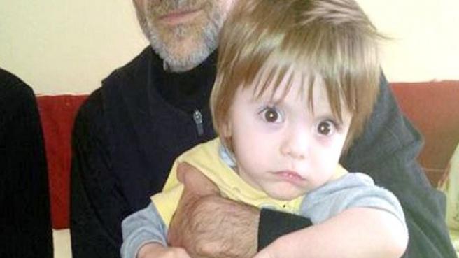 2 Yaşındaki Mehmet'in Yaşaması '5 Bin Lira'ya Bağlı!