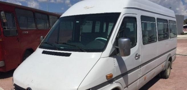 Özgacan'a mezar olan minibüs kütüphane olacak