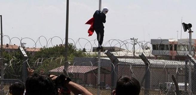 Türk bayrağını indiren kişinin cezası belli oldu
