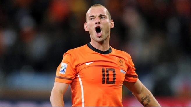 Sneijder döktürdü