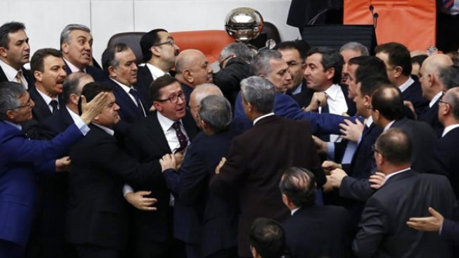İç Güvenlik Paketi, Meclis'te Kabul Edildi