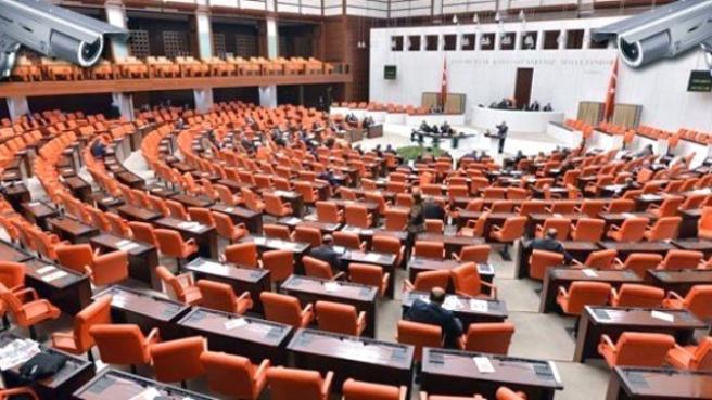 Cumhurbaşkanı'na Örtülü Ödenek Hakkı Meclis'ten Geçti