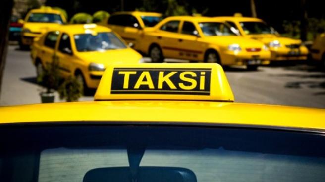 'Eşimle Konuşmam Lazım' Diyerek 13 Taksicinin Cep Telefonunu Çaldı