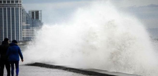 Ege'ye şiddetli rüzgar uyarısı