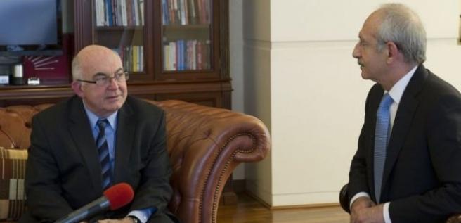 Kemal Derviş'in sabıkası kabarık