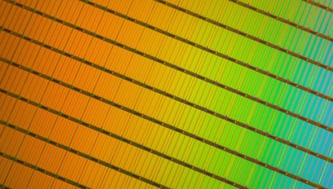 10TB SSD Teknolojisi Yolda