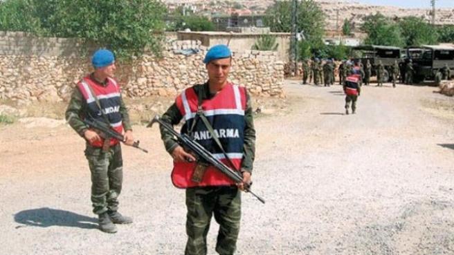 İki Aile Otomatik Silahlarla Çatıştı: 2 Ölü, 10 Yaralı