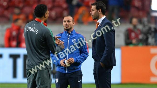 Alkışlar Sneijder'e