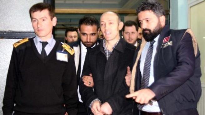 Böcek Davasının Firari Sanığı İki Polis Türkiye'ye Getirildi