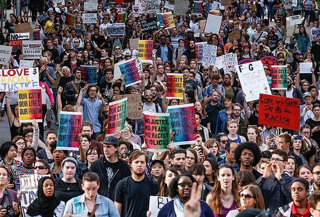 Polis Şiddeti Protestoları Artıyor