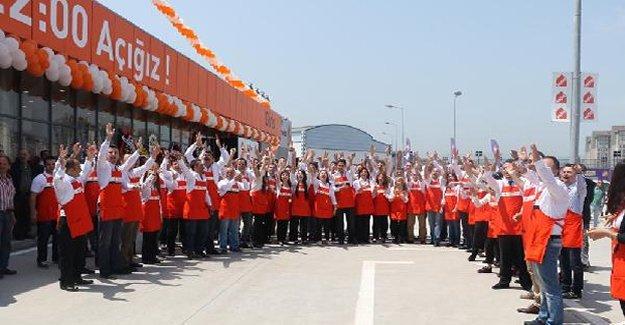 44. Mağazasını Samsun'da açtı!