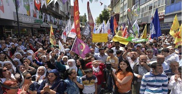 Adana'da toplanıp protesto ettiler!