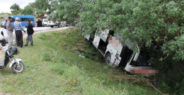 Amasya'da otobüs şarampole yuvarlandı!