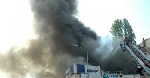 Bayrampaşa'da korkutan yangın!
