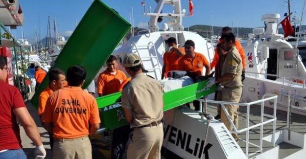 Bodrum'da Suriyelileri taşıyan tekne devrildi!