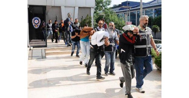 Bursa'da fuhuş operasyonu: 19 gözaltı