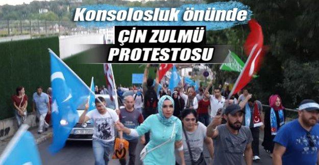 Çin Başkonsolosluğu önünde Doğu Türkistan eylemi
