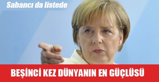 Dünyanın en güçlü kadını yine Merkel!