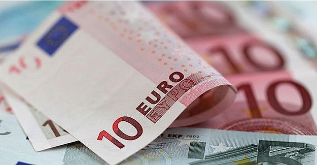 Euro zirveye tırmandı