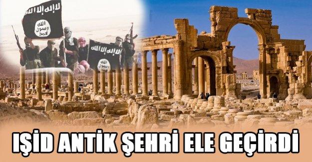 Işid Palmira antik kentini ele geçirdi