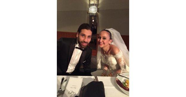 Olcay Şahan Almanya'da düğün yaptı