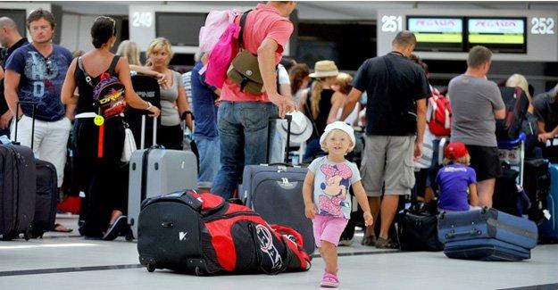 Türkiye'ye gelen turist sayısı azıldı!