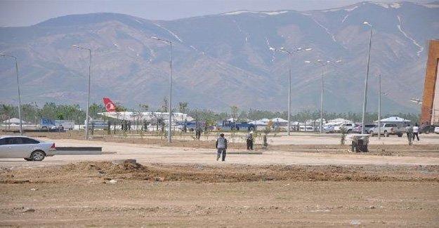 Yüksekova Havaalanı'nda son rütuşlar