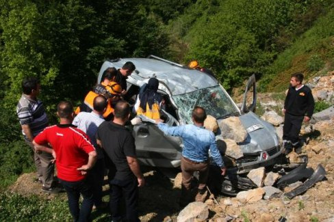 Zonguldak'ta trafik kazası:2 ölü