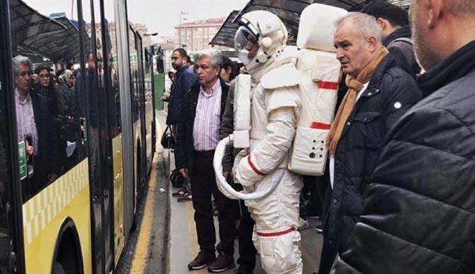 """Astronot Willy: Macera Gezegeni"""