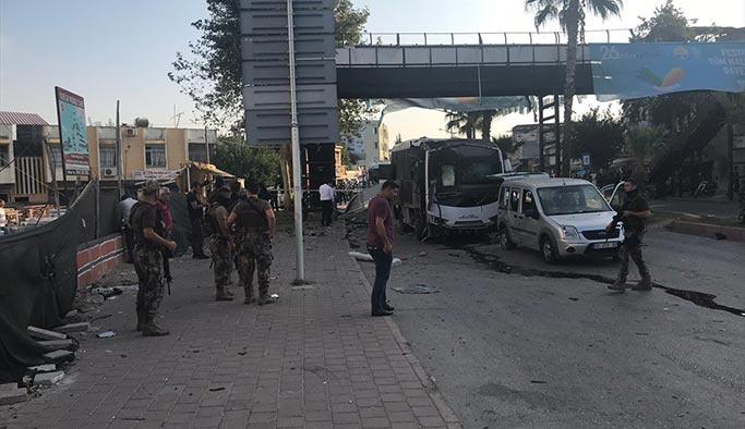 Son Dakika: Adana'da polis aracına terör saldırısı