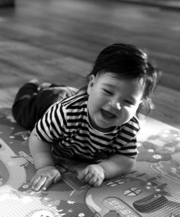 Arda Turan bebeğin ilk resimleri paylaşıldı