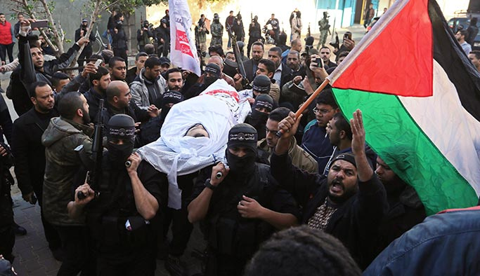 Filistin, Gazzeli şehitlerini uğurladı