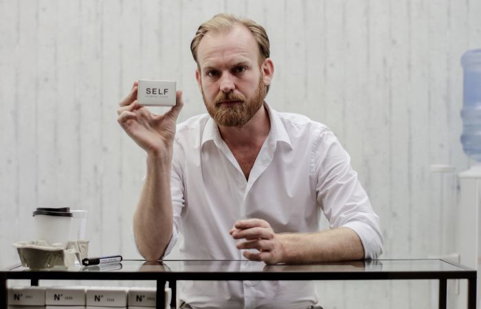 Julian Hetzel, human self soap