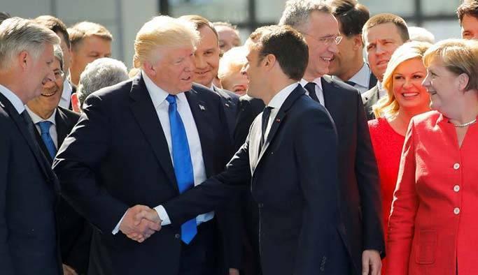 Fransız Cumhurbaşkanı Macron, Vladimir Putin'i ağırlıyor