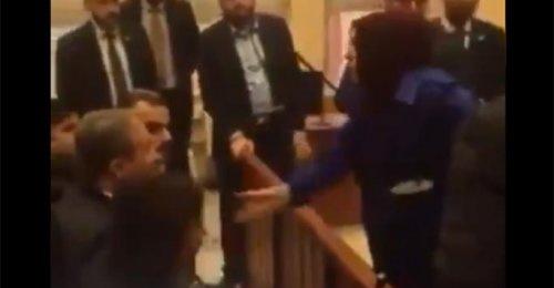 Muhsin Yazıcıoğlu eşi Mustafa Destici'nin üzerine yürüdü